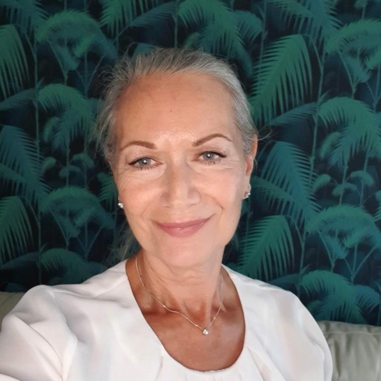 Prof Carolyn Mair